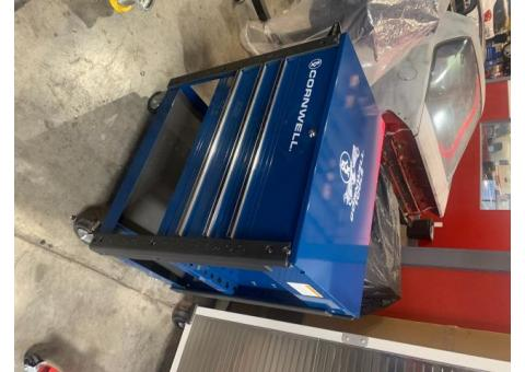 Cornwell tool cart with power